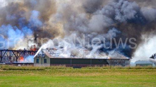 Grote brand verwoest boerderij in Oudeschans – Groningsnieuws.nl